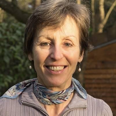 Pascale JAILLARD, professeur de yoga & sophrologie