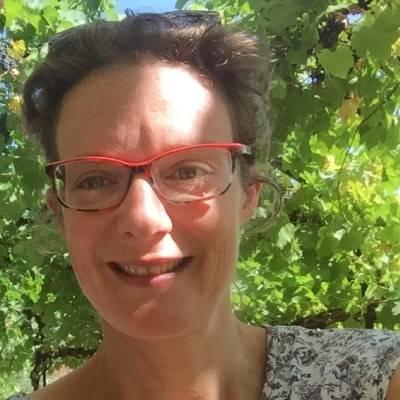 Claire BASIRE, naturopathe & thérapeute énergétique